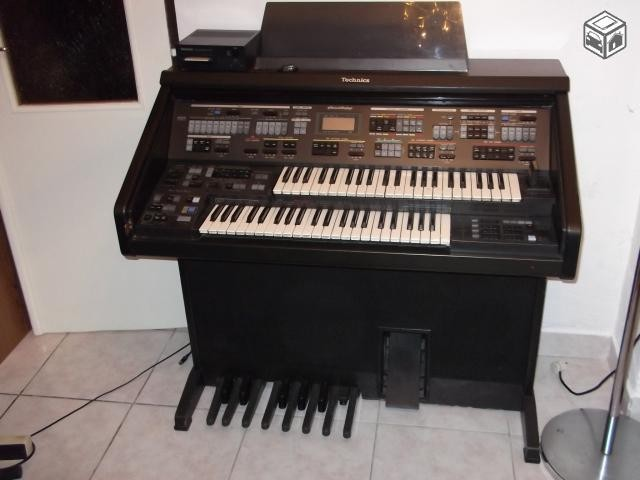 Technics SX EX70
